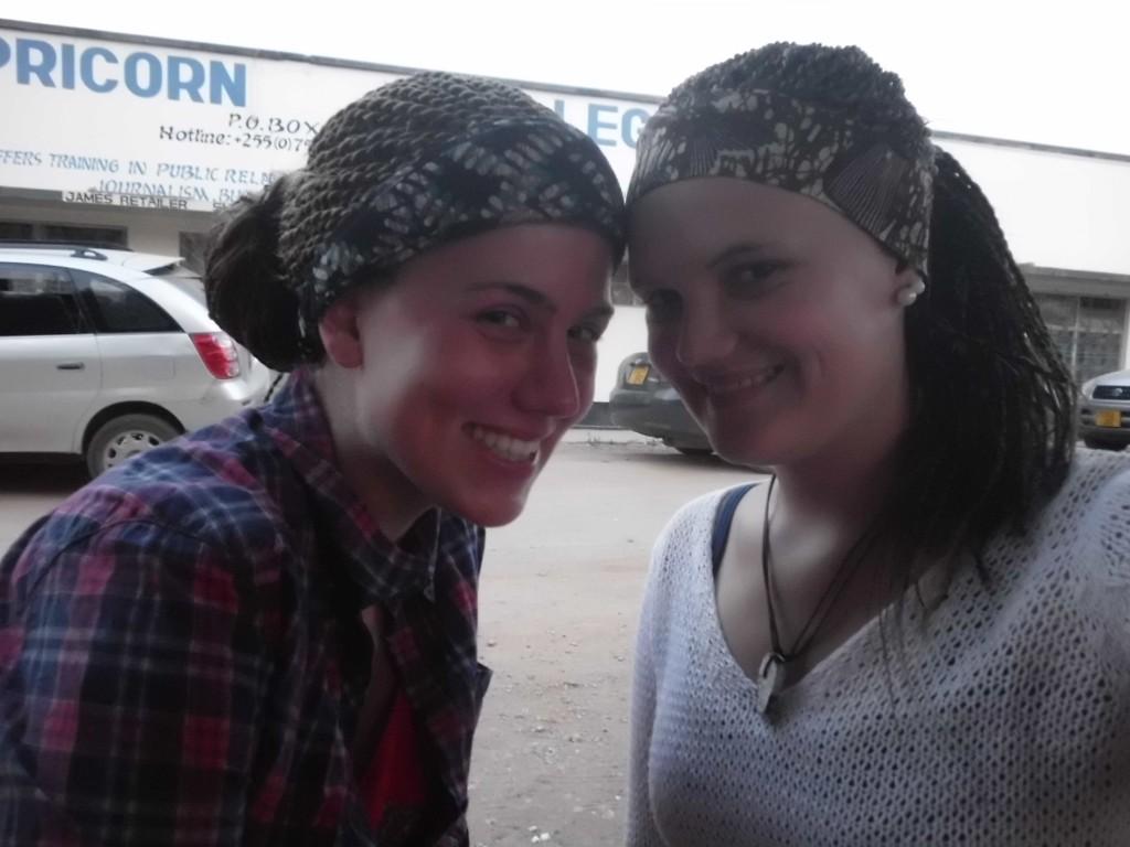 Kathrin und ich mit Haaren! :D